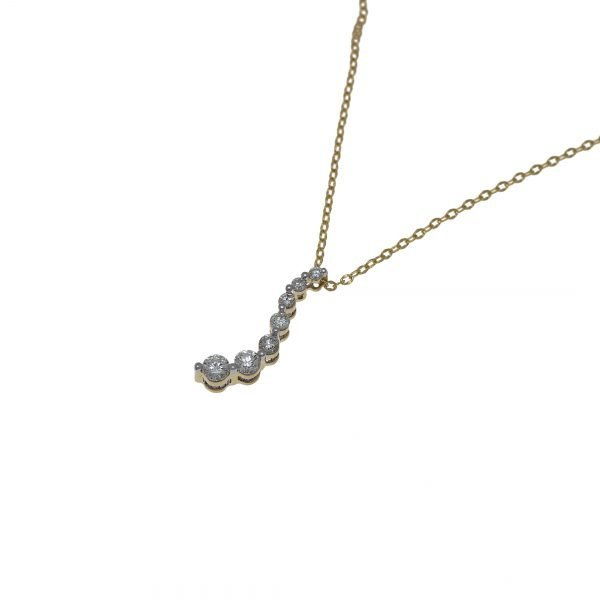 14Kt Yellow Gold Chain with Graduated Diamond Pendant